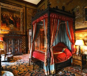 The State Rooms - bedroom and bathroom