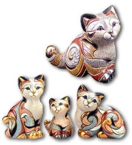 Artesania Riconada Calico Cat Family - from left to right: F107, F311, F106