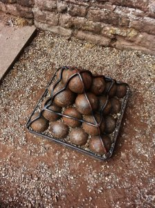 Cannon balls found inside the castle during renovation works in 1920's