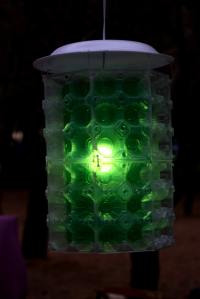 This is how you do it - turn an old plastic bottle into a decorative lamp!