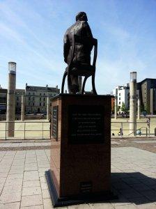 Ivor Novello sculpture - back