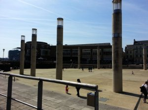 Roald Dahl Plass - circle of illuminating pillars