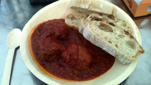 Bread and meatballs served on ecological plate