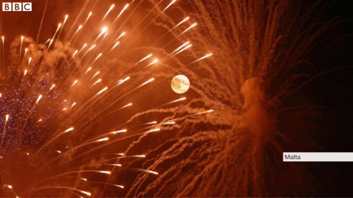 A close up bbc blowjob pmv by damiwan 1