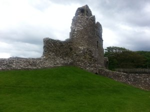 Ogmore Castle from the parking (a bit distant picture!)