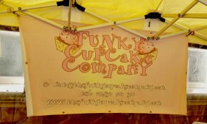 Funky Cupcake Company stand logo.